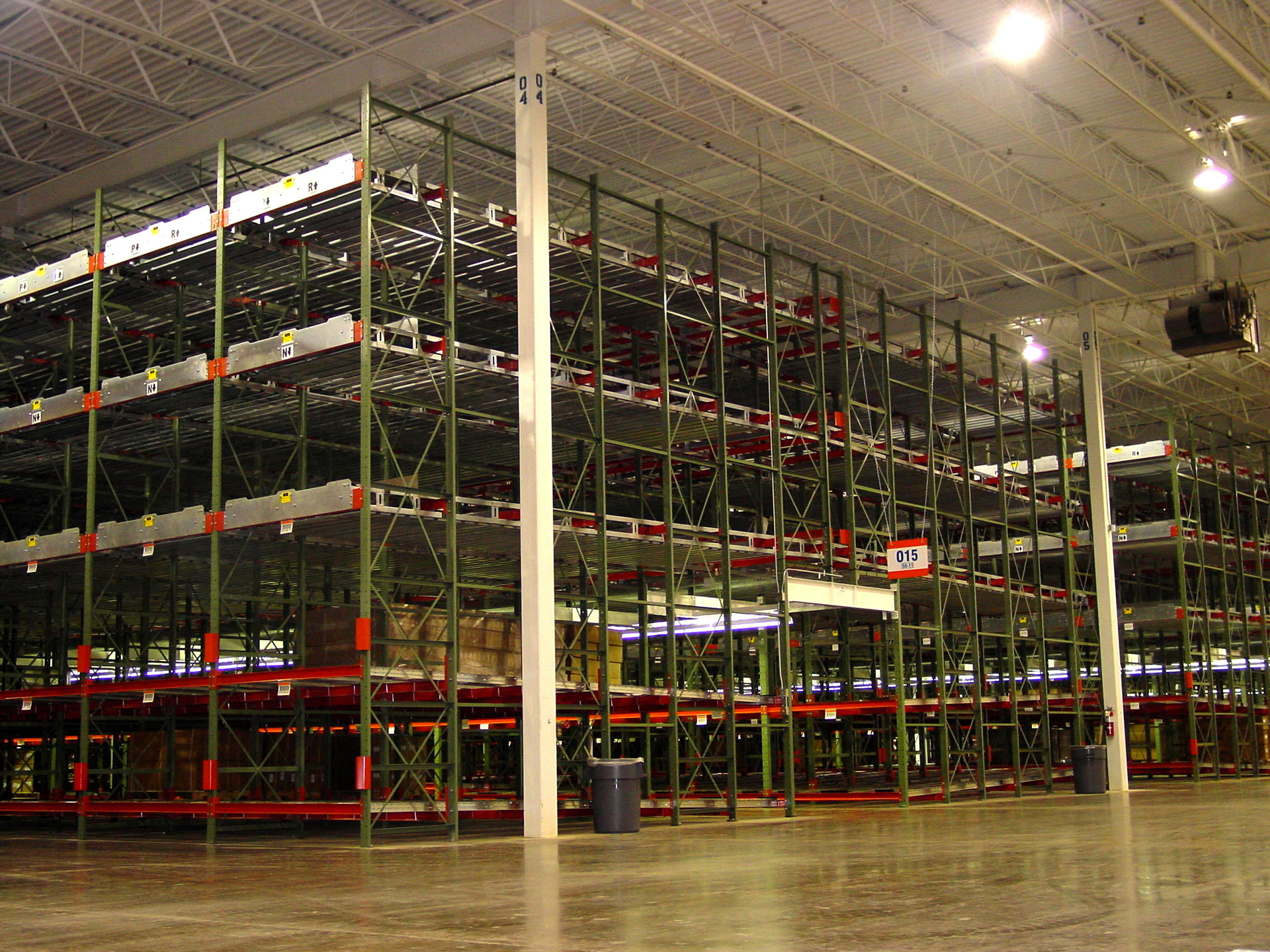 ROLL BACK SPEEDRACK 2 - Pallet Rack Types